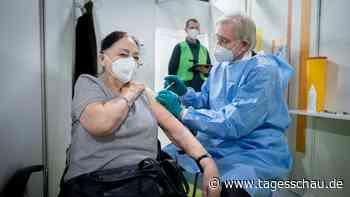 Liveblog: ++ STIKO hält an Impfreihenfolge fest ++