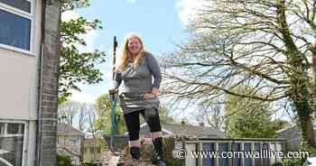 Stunned gardening gran accidentally orders delivery of 12 TONNES of compost - Cornwall Live