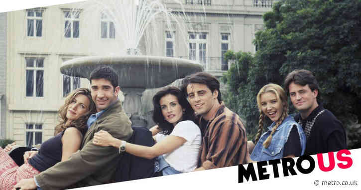 Courteney Cox says the Friends cast didn't actually enjoy dancing in the fountain