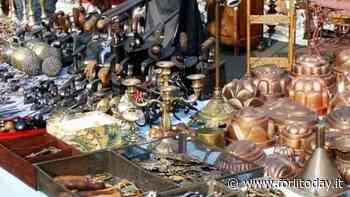Torna sotto i portici della piazza il mercatino dell'antiquariato - ForlìToday