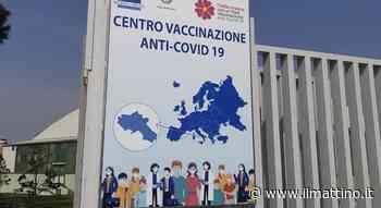 Portici, follia al centro vaccini: pretende un tipo di vaccino e aggredisce il medico - Il Mattino.it - ilmattino.it