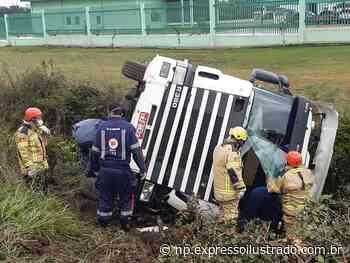Acidente em Itaqui; o motorista não se feriu - Jornal Expresso Ilustrado