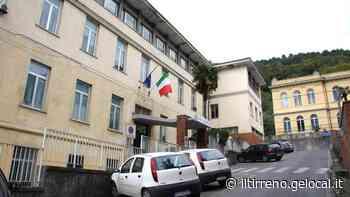 Via ai lavori al municipio Cambia la viabilità, uffici trasferiti a Querceta - Il Tirreno