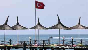 Treffen der Außenminister: Türkei-Urlaub schon im Sommer?