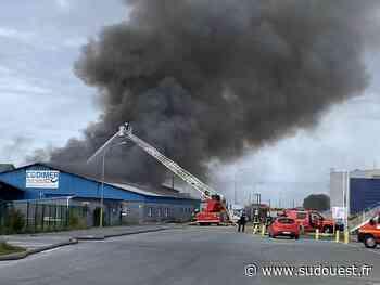 Gujan-Mestras : incendie ce mercredi soir dans un hangar désaffecté à Larros - Sud Ouest