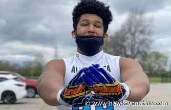Kadyn Proctor Checks Out Iowa Football | Recruiting | hawkeyenation.com - Hawkeye Nation