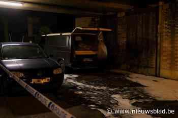 """Twee voertuigen in Gentbrugge in brand gestoken: """"Verdachte gearresteerd"""""""