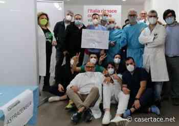 """VACCINI. La lunga notte di MARCIANISE. I bigliettini dei giovanissimi a medici e infermieri: """"Grazie per il grande lavoro che state compiendo. Siete eroi"""" - CasertaCE"""