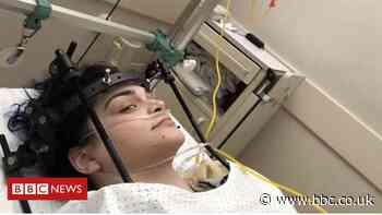 Melanie Hartshorn: Spine op woman needs fourth round of surgery