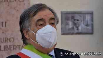 Palermo, Orlando senza maggioranza apre all'opposizione. Lega e Forza Italia pronte a trattare - La Repubblica