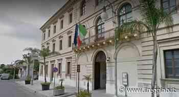 """Fondi povertà, """"Scelgo Locri"""": «Ancora silenzio dal sindaco Calabrese» - Il Reggino"""