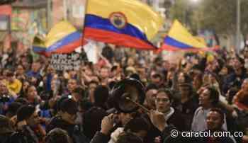 Tumban valla que apoyaba a Álvaro Uribe durante protestas en Puerto Boyacá - Caracol Radio