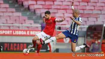 «Incrível. Sempre o mesmo»: Salvio critica arbitragem do Benfica-FC Porto - Record