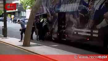 As imagens da chegada do FC Porto ao hotel em Lisboa - Record