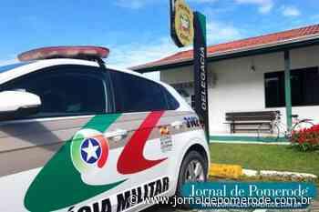 Homem é detido após agredir a esposa, em Blumenau - Jornal de Pomerode