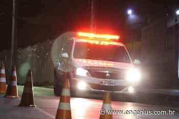 Jovem colide carro contra poste e fica gravemente ferida em Garopaba - Engeplus