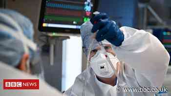 Covid in Scotland: One billion items of PPE issued during the pandemic - BBC News