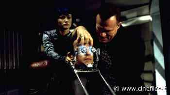 Il sesto giorno: trama e cast del film con Arnold Schwarzenegger - Cinefilos.it