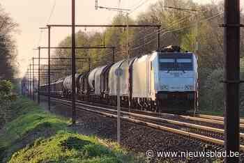 Treinverkeer Mechelen-Haacht ligt uren stil na rookontwikkeling aan chemische wagon - Het Nieuwsblad