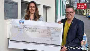 Zahnarztpraxis in Ebersdorf unterstützt den Weißen Ring - Ostthüringer Zeitung