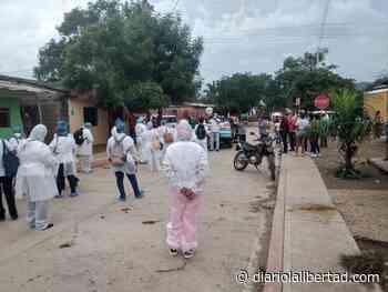 Luruaco marchó por los inoperantes servicios del municipio y los malestares del Gobierno - Diario La Libertad