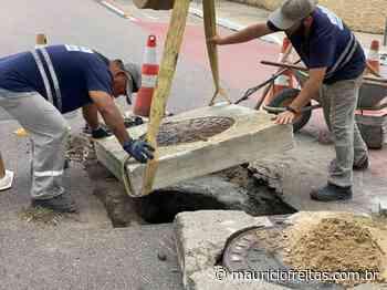 Intervenção em rede de esgoto deixa trânsito interrompido na Rua Curitibanos | Blog do Maurício Freitas - Maurício Freitas