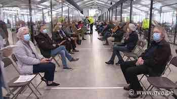 Antwerpse burgemeesters wachten geduldig vaccinatiebrief af - Gazet van Antwerpen