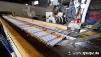 Landgericht Kleve: Illegale Zigarettenfabrik in Kranenburg – zwölf Männer zu Freiheitsstrafen verurteilt - DER SPIEGEL
