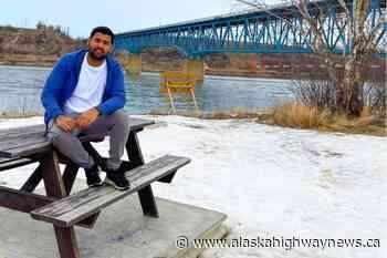 Fort St. John video blogger Gagan Banwal showcases a newcomer's life to Canada - Alaska Highway News