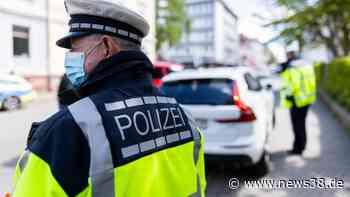 Braunschweig: Frau parkt Auto mitten auf Verkehrsinsel – der Grund schockiert - News38