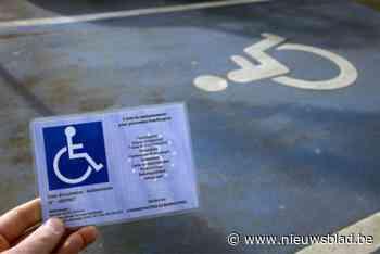Elke dag wordt minstens één iemand in Gent betrapt op een parkeerplaats voor mensen met een beperking - Het Nieuwsblad