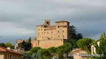 Festa dell'Europa, il castello malatestiano di Longiano si tinge di blu - CesenaToday