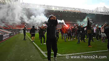 Man Utd fans storm Old Trafford, Arsenal cruise at Newcastle - FRANCE 24