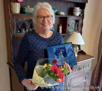 Kathy Webb from Simonstone wins the top volunteer award for Rosemere Cancer Foundation - Lancashire Telegraph