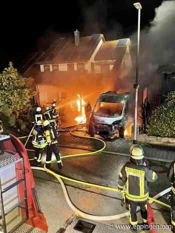 ▷ Einsatz #59: Gebäudeteil und Fahrzeuge im Vollbrand - Eppingen.org