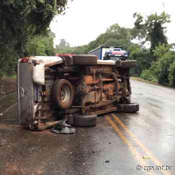 Caminhonete L200 tomba na rodovia entre Coronel Vivida e Pato Branco - CGN