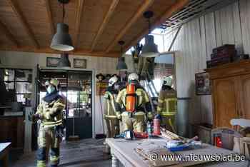 Bewoner wil bakken, maar kachel zet plafond in brand