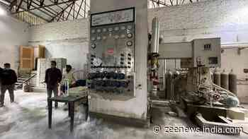 COVID-19: Oxygen supply diverted from industrial units to hospitals in Kashmir