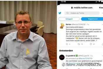 Politici furieus nadat beruchte twitteraar suggereert dat ze deden aan 'vaccinatievoorsteken'<BR />