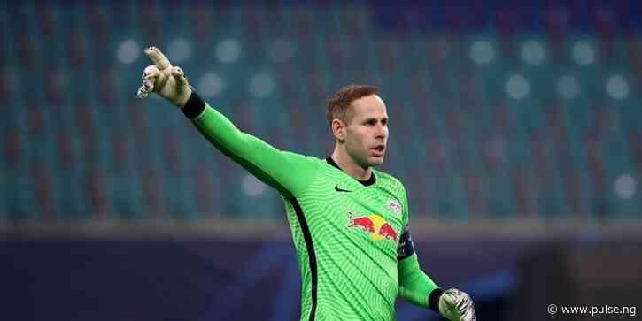 Goalkeeper Gulacsi extends Leipzig deal until 2025