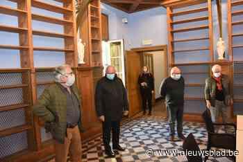 Vrijwilligers voelen zich meteen weer thuis in gerestaureerde abdijbibliotheek