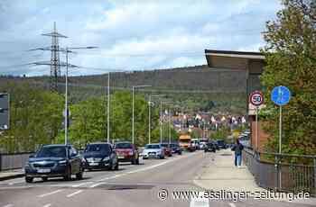 Stau zwischen Altbach und Deizisau: Geduldsprobe auf der Brücke - esslinger-zeitung.de