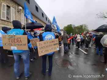 «C'est une institution» : à Beaumont-sur-Oise, les opposants à la restructuration de l'hôpital en colère - Le Parisien