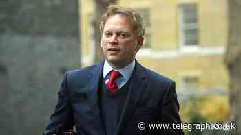Coronavirus latest news: Grant Shapps unveils Government's 'green list' of countries - Telegraph.co.uk