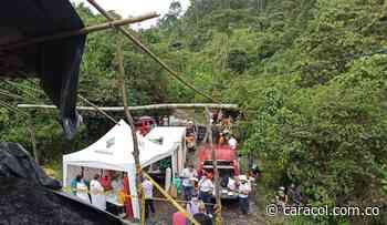 Rescatan con vida a los 5 mineros atrapados en socavón en Amagá - Caracol Radio