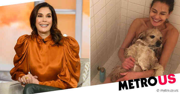 Desperate Housewives star Teri Hatcher strips naked to shower with her dog Pumpkin because why not?