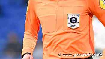 AJ Auxerre - GF38 : Olivier Thual au sifflet - Grenoble Foot Info