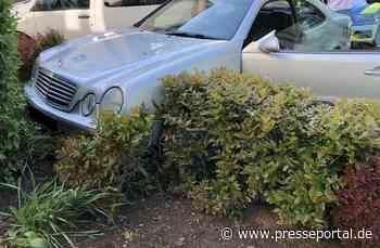 POL-PDWO: Verkehrsunfall nach Flucht vor Polizeikontrolle - Fahrer unter Alkoholeinfluss