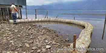 Colocan ecoborda en lago Coatepeque - La Prensa Grafica