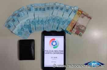 Morador de Capinzal encontra carteira com dinheiro e entrega à Polícia Militar - Rádio Capinzal